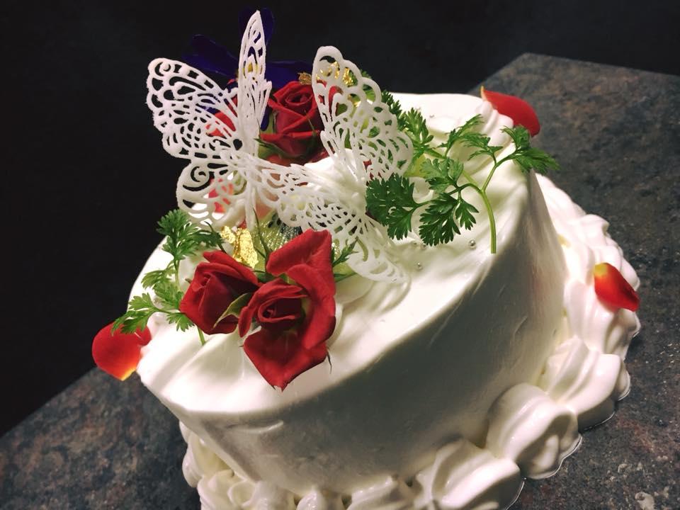 ホールケーキの注文を沢山頂いております!